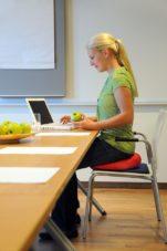 Aktivno sedenje kao prevencija lošeg držanja tela